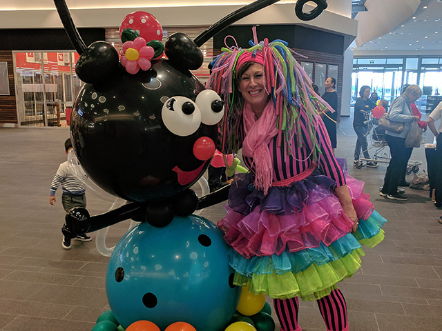 Rosie O Entertainment - Balloon Characters
